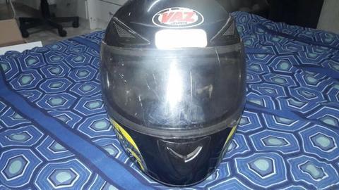 Capacete moto marca VAZ fabricação 2009 tamanho 60