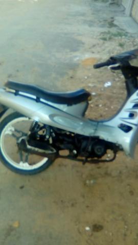 Vendo moto 50cc - 2011