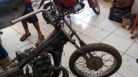 Vendo Chassi de moto reculperada .Tem documento