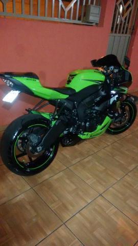 Kawasaki zx6 rr - 2011