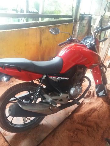 Troco moto por casa ou de entrada numa casa ou terreno - 2019