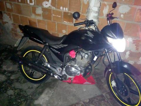 Vendo moto barata ou troco em carro - 2010
