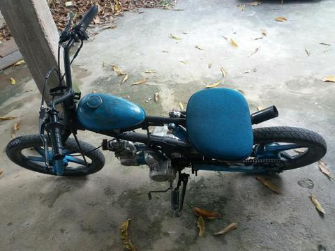 Moto barata - 2010