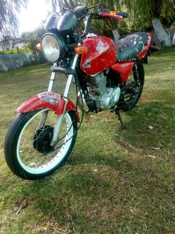 TITAN 150 2019 pago Troco por outra moto - 2004