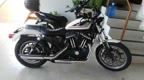 Harley Davidson 883R - 2014