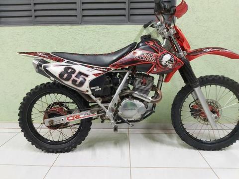 Vendo moto de trilha - 2002