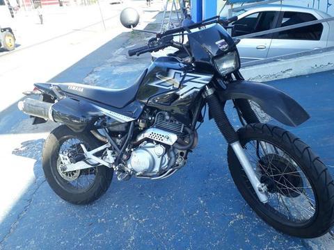 Xt 600e - 2002