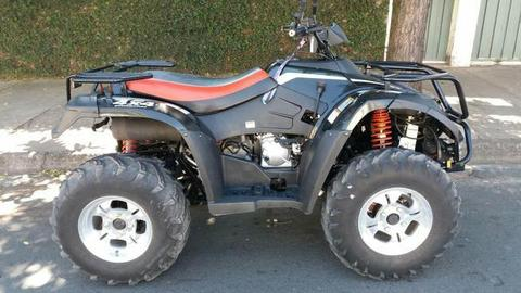 Quadriciclo 4x4 - 2014