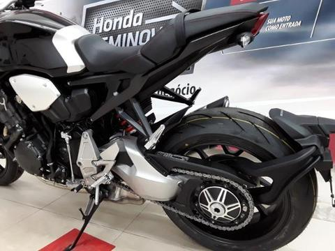 Honda CB 1000R - Promoção imperdível de 63.900 por apenas R§59.990,0 - 2019