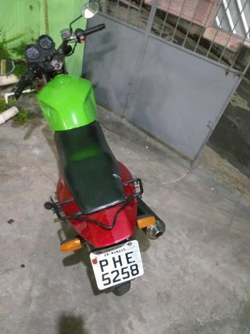 Moto 2000** documentos - 2014