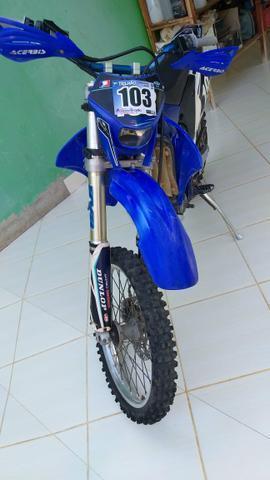 Moto de trilha wr250f - 2005
