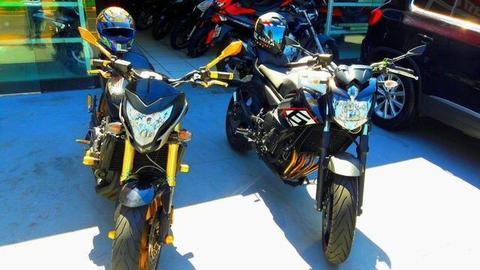 Assumo parcelas de Moto Hornet ou XJ6 - 2013
